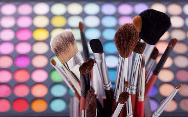化妆技巧APP软件开发便利性分析 第2张